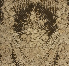HANDMADE BUSSELS APPLIQUE LACE SHAWL MID 19th (1)